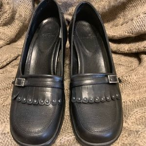 Cute Dansko Size 41 Black Kiltie Loafers